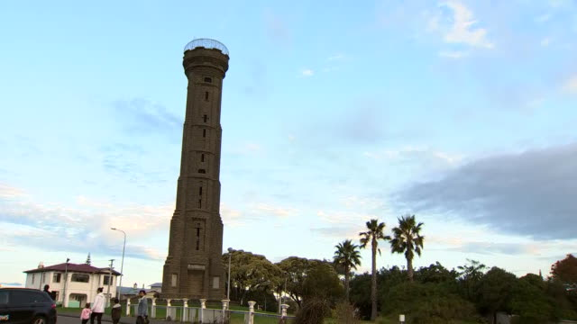 durie hill war memorial tower, whanganui, north island, new zealand. - north island new zealand stock videos & royalty-free footage