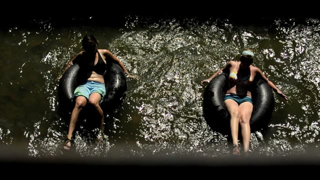 During 2012 Colorado drought conditions people keep cool while enjoying the waters of Clear Creek in Golden near downtown and the Coors brewery /...
