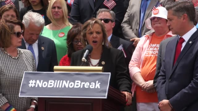 during a sitin of the house chamber staged by the house democratic caucus to protest legislation inaction on gun violence illinois rep robin kelly... - controllo delle armi da fuoco video stock e b–roll