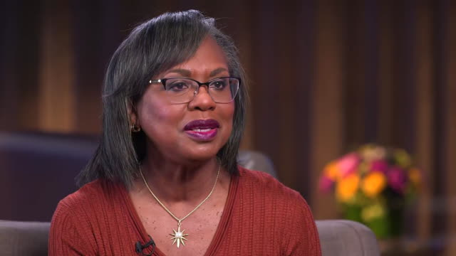 during an interview anita hill comments on the amount of women interested in running for president in 2020 - kampf der geschlechter konzept stock-videos und b-roll-filmmaterial