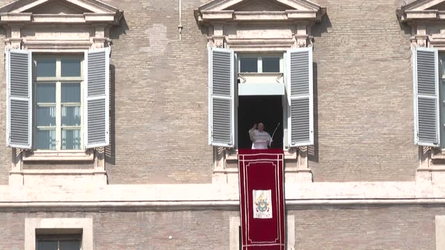 during his weekly sunday angelus address to the catholic faithful on saint peter's square in the vatican, pope francis condemns the kidnapping of... - st peter's square stock videos & royalty-free footage