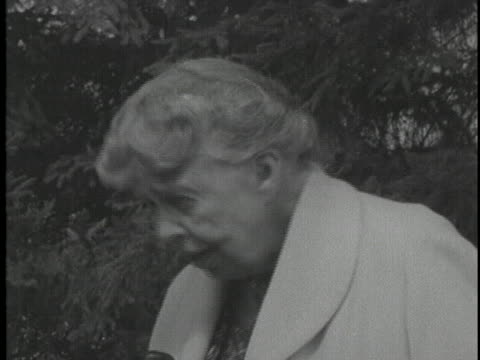 during soviet premier nikita khrushchev's visit to the roosevelt estate, former first lady eleanor roosevelt speaks of her impressions of the premier. - 1950 1959 stock videos & royalty-free footage