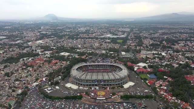 during the final second leg match between cruz azul and santos laguna as part of torneo guard1anes 2021 liga mx at azteca stadium on may 30, 2021 in... - azul stock-videos und b-roll-filmmaterial