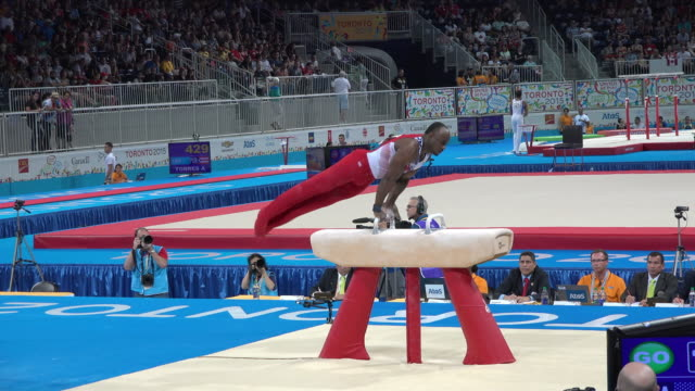during the pan american games, this american gymnast won the silver medal for floor exercise, still rings & vault. the usa team was the champion of... - zweiter platz stock-videos und b-roll-filmmaterial