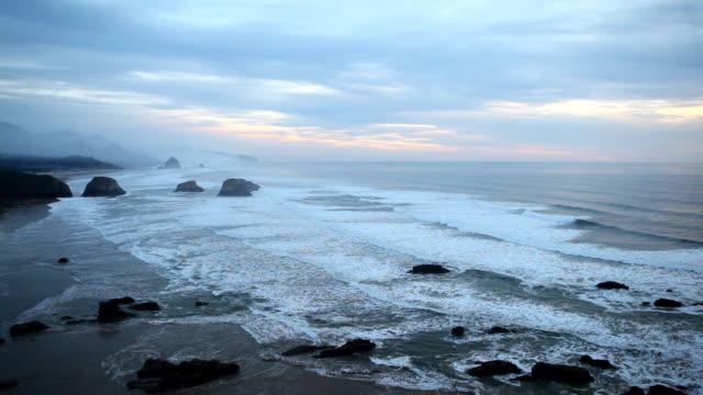 hd dusk at oregon coast - oregon coast stock videos & royalty-free footage
