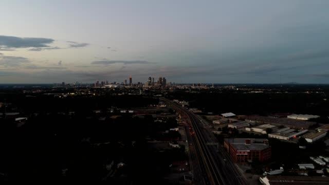 dusk over the atlanta industrial ruins. - 荒廃した点の映像素材/bロール