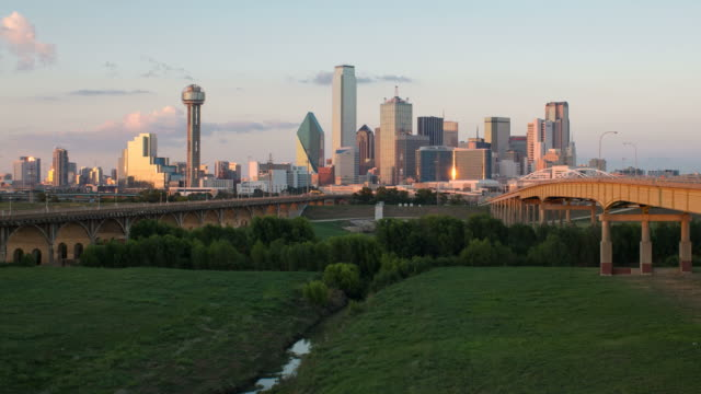 Dusk view over Viaduct with the Reunion Tower on the left, Dallas City Skyline, Dallas, Texas, USA
