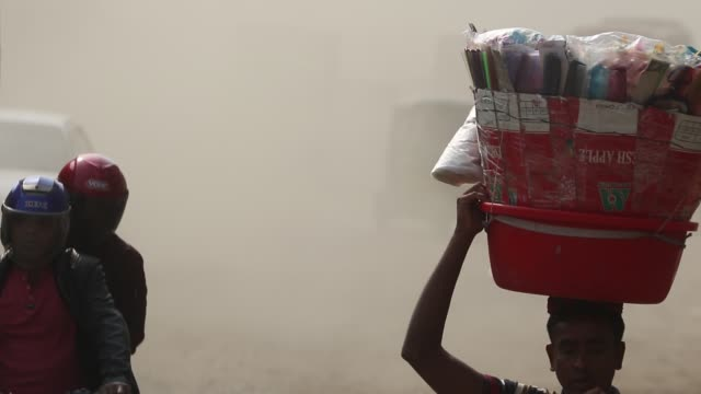 dust pollution reaches an alarming stage in dhaka and many deaths as well as several million cases of illness occur every year due to the poor air... - tuberculosis stock videos & royalty-free footage