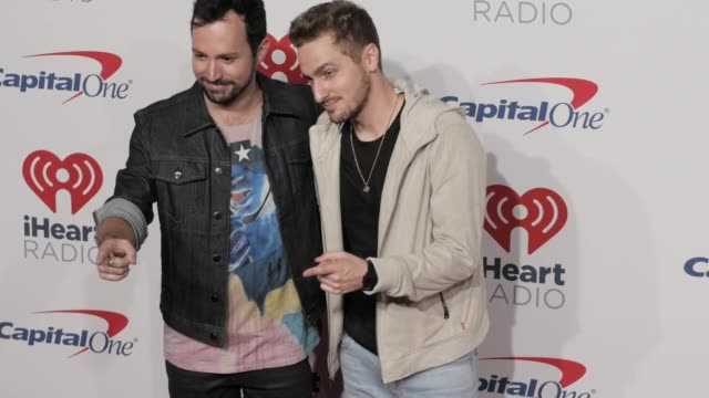 dustin belt and kendall schmidt at the 2018 iheartradio music festival day 1 at tmobile arena on september 21 2018 in las vegas nevada - kendall schmidt stock videos & royalty-free footage