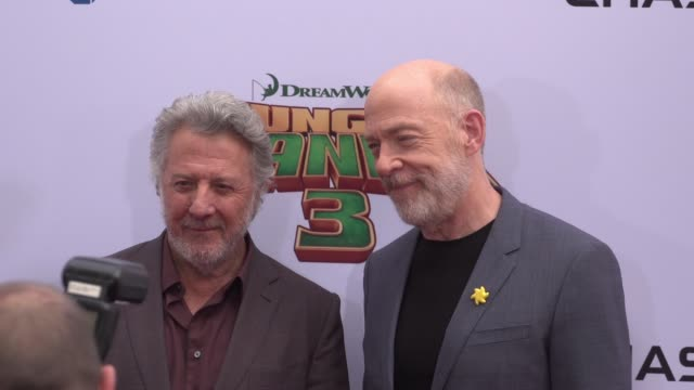 dustin hoffman and jk simmons at the 'kung fu panda 3' world premiere at tcl chinese theatre on january 16 2016 in hollywood california - dustin hoffman video stock e b–roll