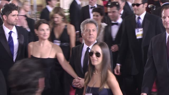 dustin hoffman and lisa hoffman at the 66th annual golden globe awards arrivals part 8 at los angeles ca - dustin hoffman video stock e b–roll
