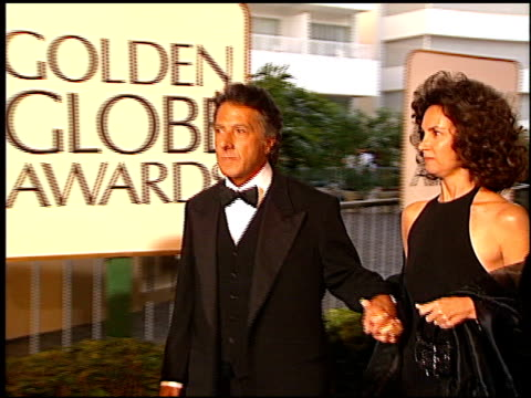 dustin hoffman at the 1997 golden globe awards at the beverly hilton in beverly hills california on january 19 1997 - dustin hoffman video stock e b–roll