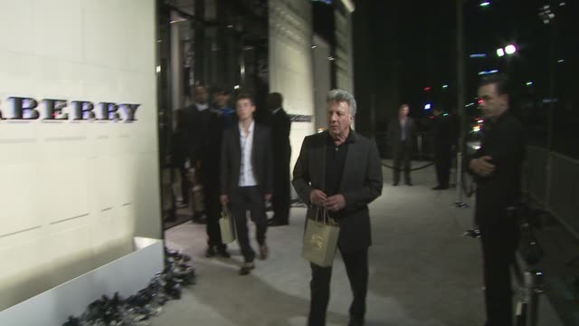 dustin hoffman at the burberry beverly hills store re-opening at los angeles ca. - beverly hills点の映像素材/bロール