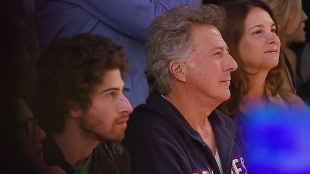 dustin hoffman at the mercedesbenz fall 2007 la fashion week monarchy collection show at smashbox studios in culver city california on march 21 2007 - dustin hoffman video stock e b–roll