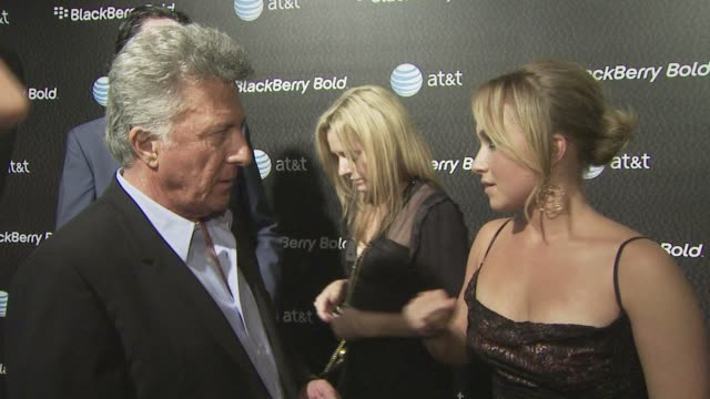 dustin hoffman hayden panettiere at the us launch party for the new blackberry bold at los angeles ca - dustin hoffman video stock e b–roll