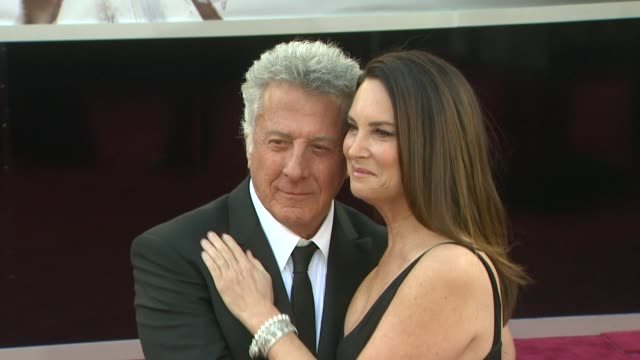 dustin hoffman lisa hoffman at 85th annual academy awards arrivals on 2/24/13 in los angeles ca - dustin hoffman video stock e b–roll