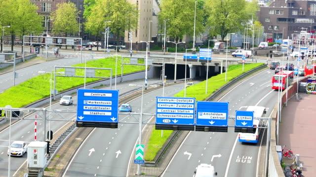 vidéos et rushes de dutch autoroute à amsterdam - culture néerlandaise