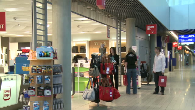 ms pan duty free shop at airport / airport luxembourg-findel, luxembourg - luxembourg benelux stock videos & royalty-free footage