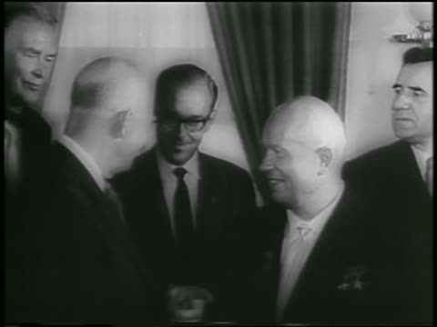 dwight eisenhower nikita khrushchev talking indoors / newsreel - 1959 stock videos & royalty-free footage