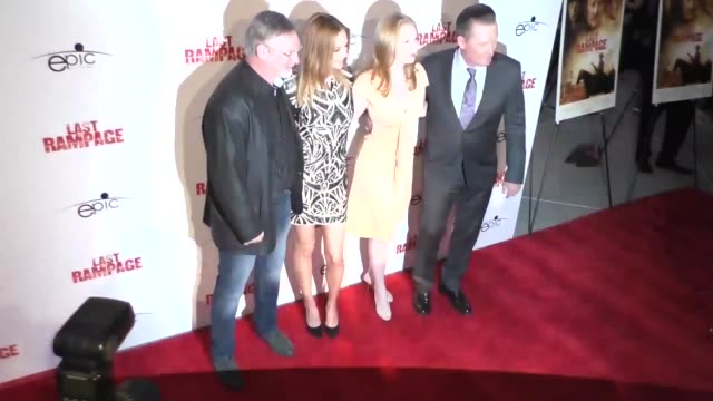 dwight h little robert patrick molly quinn and heather graham at the premiere of 'last rampage the escape of gary tison' from epic pictures releasing... - arclight cinemas hollywood 個影片檔及 b 捲影像
