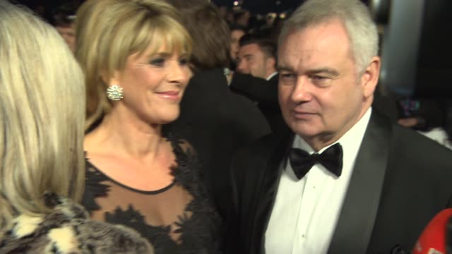 stockvideo's en b-roll-footage met broll eamon holmes ruth langsford at national television awards at 02 arena on january 21 2015 in london england - eamonn holmes