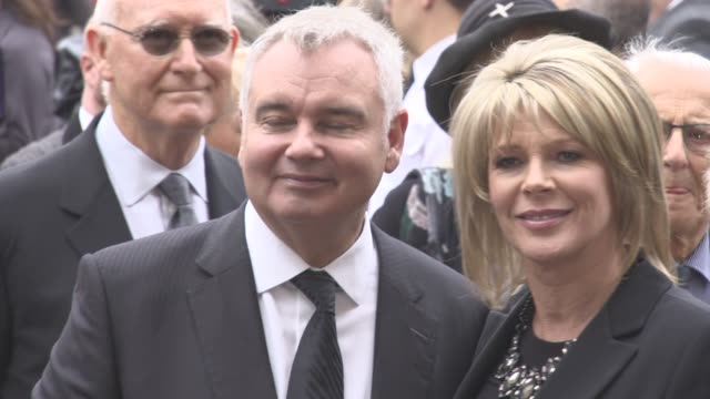 eamonn holmes, ruth langford at a service of thanksgiving for the life and work of sir terry wogan at westminster abbey on september 27, 2016 in... - terry wogan stock-videos und b-roll-filmmaterial