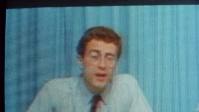 1985 montage early conference calls via satellite / city of london, england† - 1985 stock-videos und b-roll-filmmaterial