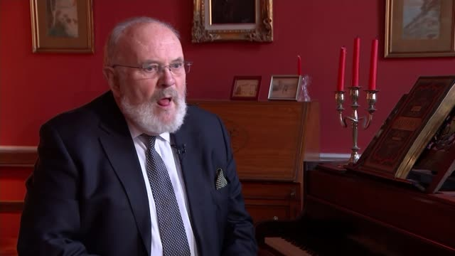 Early election avoided after Deputy Prime Minister resigns / Brexit talks on Irish border David Norris interview SOT Reporter talking to Norris