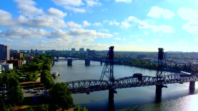 early morning aerial of portland, oregon - portland oregon点の映像素材/bロール