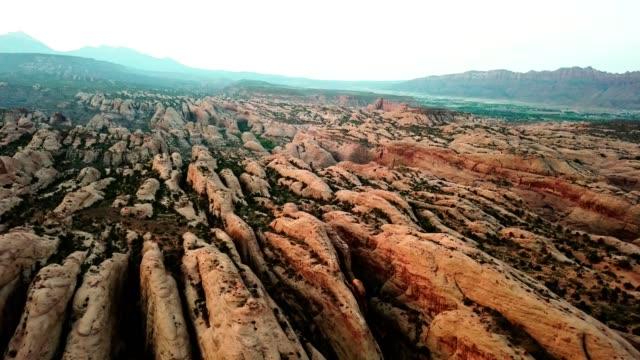 vidéos et rushes de tôt le matin à moab - 4x4