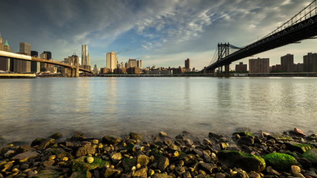 early morning manhattan skyline - time lapse - river east stock videos & royalty-free footage