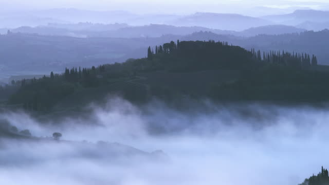early morning mist valley 3 - nebbia video stock e b–roll