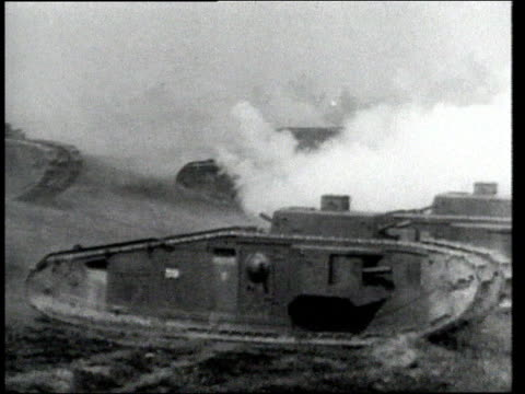 ws early tanks in combat - kampfpanzer stock-videos und b-roll-filmmaterial