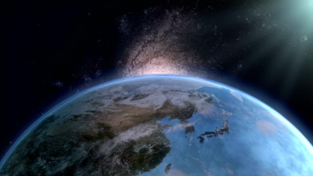 vidéos et rushes de animation de rotation de terre du haut de la vue avec la nébuleuse - hémisphère nord