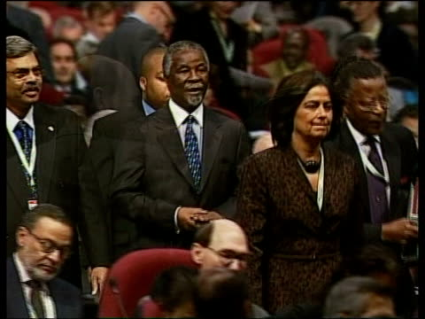 earth summit; pool south africa: johannesburg: int gv delegates standing chatting at earth summit thabo mbeki along at summit to applause 'world... - human stage stock videos & royalty-free footage