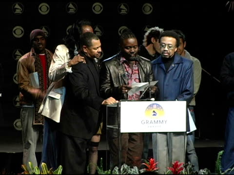 earth wind and fire announce the grammy award nominees in the catagory song of the year at the 2004 grammy awards nominations at the henry fonda... - ノミネート点の映像素材/bロール