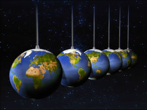 stockvideo's en b-roll-footage met cgi 6 earths hitting each other in pendulum - middelgrote groep dingen