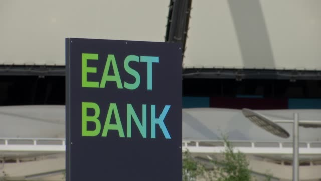 east bank development launch / time capsule and construction site gvs england london stratford queen elizabeth olympic park east bank ext general... - ウェストハム・ユナイテッドfc点の映像素材/bロール