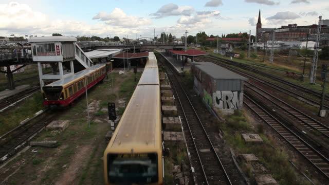 hd: east berlin, germany train station - east berlin stock videos & royalty-free footage
