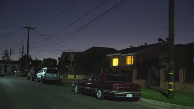 east los angeles neighborhoods - night - stationary点の映像素材/bロール