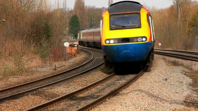 East Midlands express train rounds a bend on the Midland Mainline