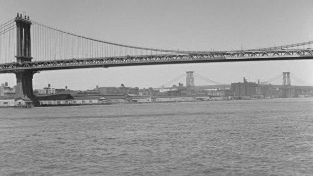 ms pov east river toward with brooklyn bridge and manhattan bridge - brooklyn bridge stock videos & royalty-free footage