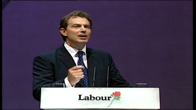 vídeos de stock, filmes e b-roll de brighton labour party conference tony blair mp speech dissolve to i will do all that i can to get these tories out and i will devote every breath... - dissolve video transition
