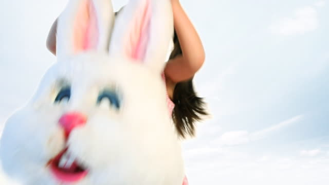 easter bunny girl - osterhase stock-videos und b-roll-filmmaterial