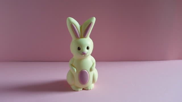 easter bunny walks past, looks towards camera and walks on, stop motion animation. - medium group of objects stock videos & royalty-free footage