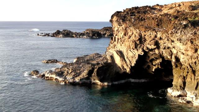 Paaseiland grot