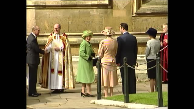 royal family arrive at church; england: berkshire: windsor: st george's chapel: ext royal party walking down hill towards chapel, sophie, countess of... - sophie rhys jones, countess of wessex stock videos & royalty-free footage