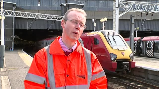 easter travel delays expected due to easter engineering works london euston kevin groves interview sot 'welcome to milton keynes central' station... - バッキンガムシャー点の映像素材/bロール