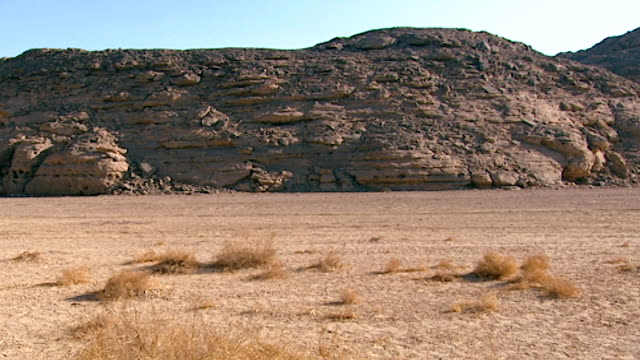 eastern desert view an arid rocky hill in the eastern desert - canyon stock videos & royalty-free footage