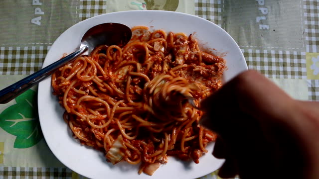 eat spaghetti - spaghetti stock videos and b-roll footage